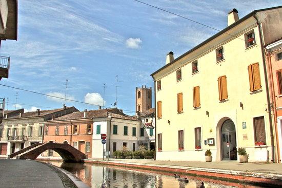 Comacchio Italy  City new picture : Al Ponticello B&B Comacchio, Italy Guesthouse Reviews ...