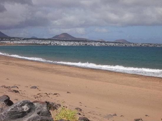 Sol Lanzarote All Inclusive: beach