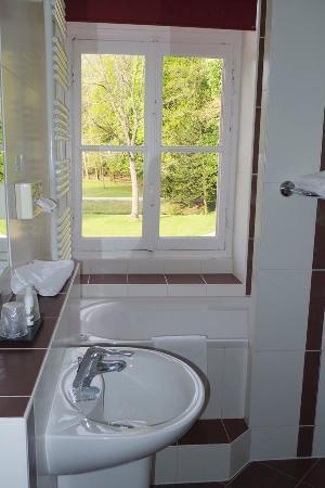 Chateau de Saulon : La salle de bain