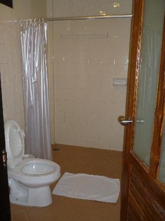 Bel Aire Resort Phuket: Toilet