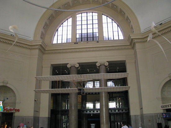 Science Museum of Virginia: main entrance hall