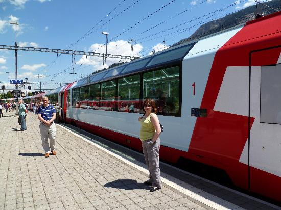Glacier Express : Intermediate stop to change engines