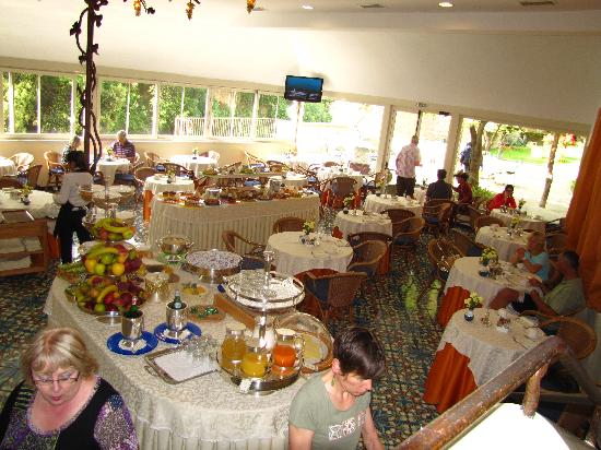 Antiche Mura Hotel: buffet breakfast