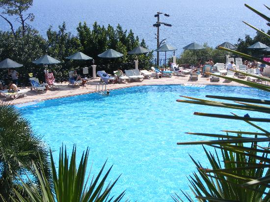 Club Nimara Beach Resort : Pool