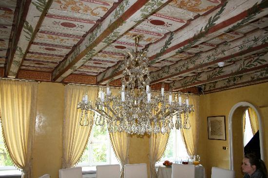 Alchymist Prague Castle Suites: Breakfast Room