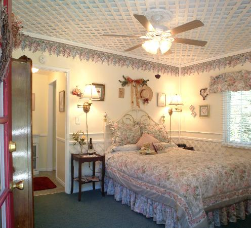 Butterfield Bed And Breakfast