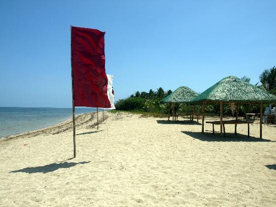 Punta Riviera Resort: great beach