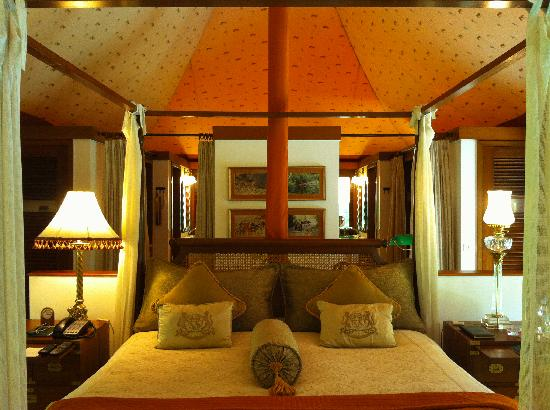 "The Oberoi Vanyavilas: the amazing ""tent"""