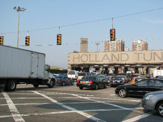 The Holland Hotel: You can see Empire State Building on the left of Holland Tunnel
