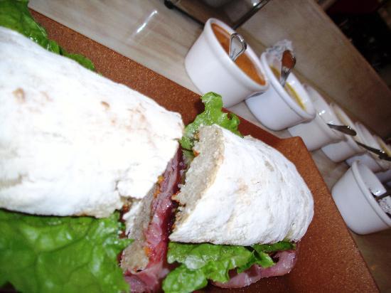 Benitto's Paninoteca Bar : The Lord Sandwich