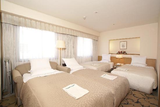 Hotel rose garden shinjuku reviews prices photos for Boutique hotel tokyo