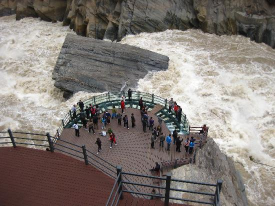 Lijiang, Kina: Tiger leap - start of Zangzi river