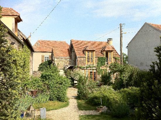 La vigne du pont : Garden & Barn