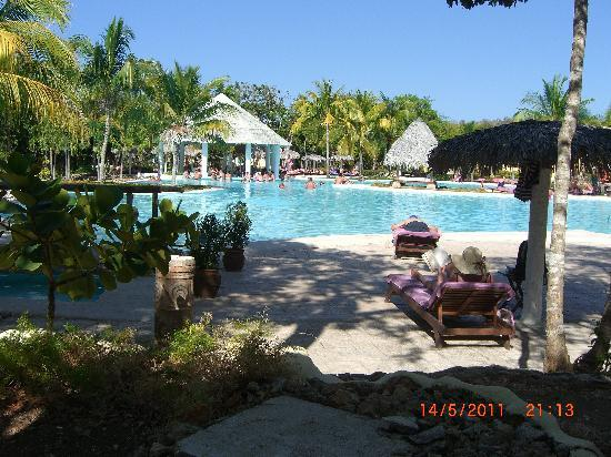 Paradisus Rio de Oro Resort & Spa: View of the main pool