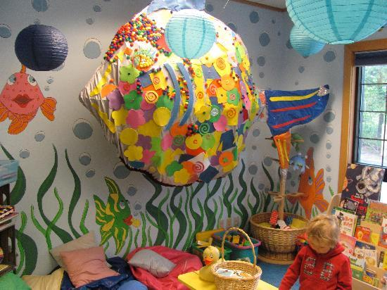 MWV Children's Museum: The Fish Bowl