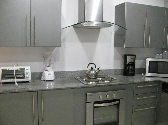 Jaco Bay Resort Condominium: kitchen area