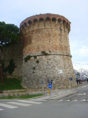 San Gimignano, Italia: コメントを入力してください (必須)