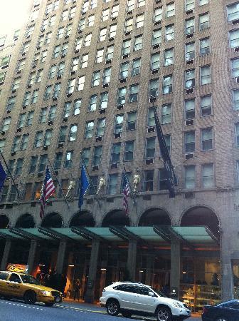 W New York: Facade