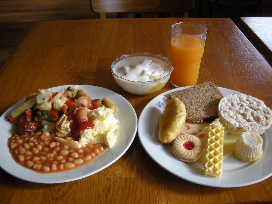 بست ويسترن بلس هوتل هاجا: 朝食