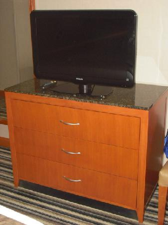 Doubletree by Hilton Hotel Akron - Fairlawn: Flat screen TV