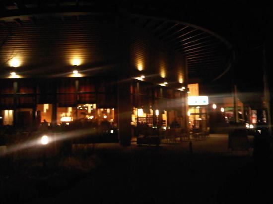 Best Western Plus Konrad Zuse Hotel: Nachtansicht