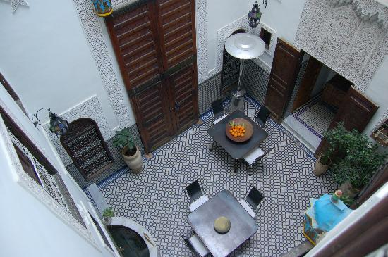 Riad Boujloud: View of the Riad's internal courtyard