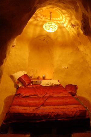 Auberge le Festival : The cave room