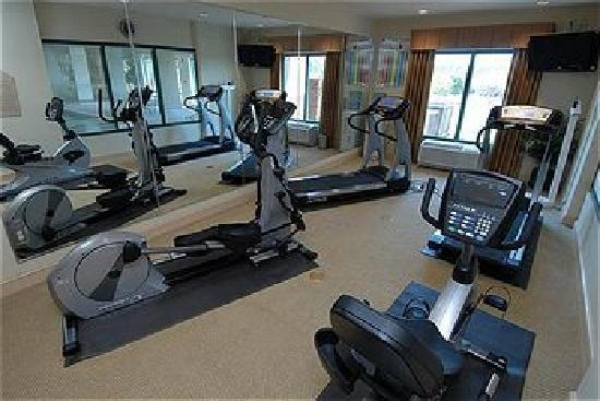 Holiday Inn Express & Suites Florence I-95 & I-20 Civic Ctr: Fitness center