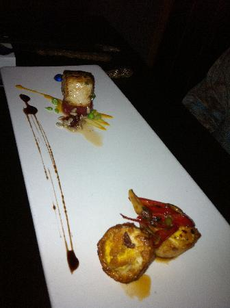 TouMing SiKao: Seared Scallop with a crisp fried egg, very fun