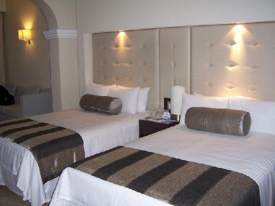 Grand Sunset Princess All Suites Resort: Suite