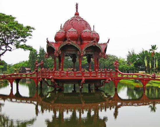 Bangkok, Tailandia: Ancient Museum 4