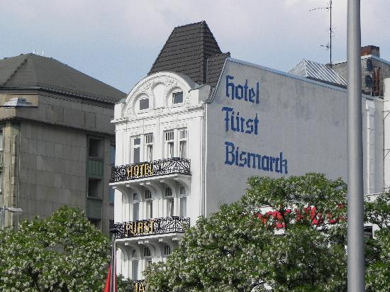 Hotel Fuerst Bismarck : Hotel Furst Bismarck - View from across the street