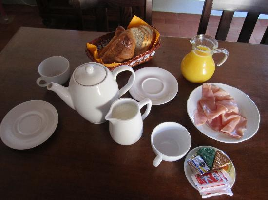 Villa Poggio ai Merli: Breakfast