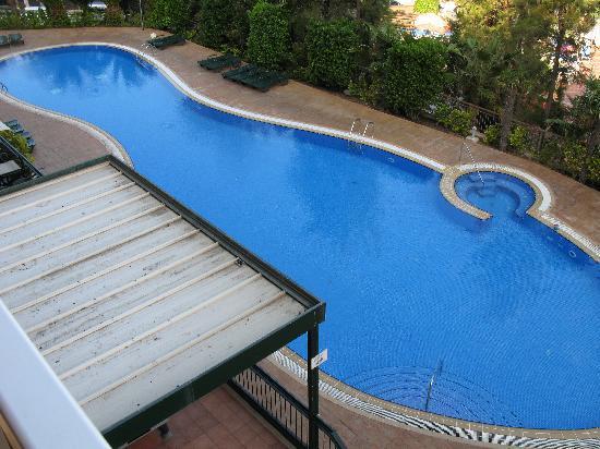 Aparthotel SunClub Salou: Main pool