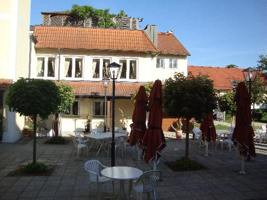 Hotel-Restaurant Gasthof Gotzfried: Outside