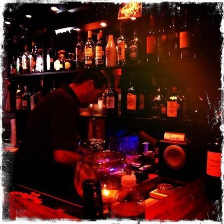 Valhalla Bar & Wine Room: Gordy