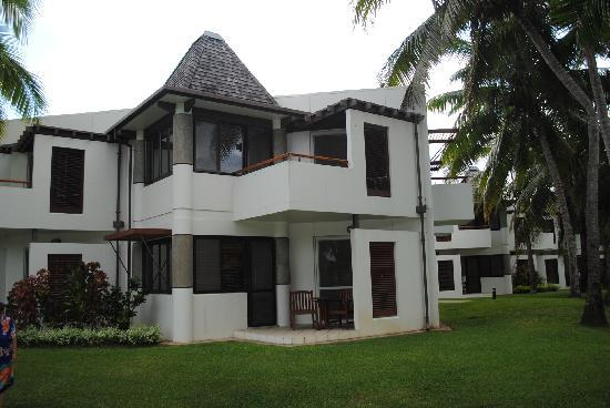 Sheraton Denarau Villas: garden view villa