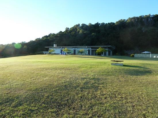 The Bunyip Scenic Rim Resort: The Resort early morning