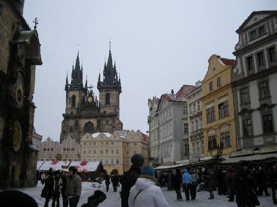 Caruana Tours : Adan y Eva, Praga