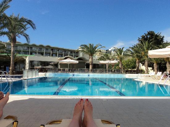 Kipriotis Hippocrates: Pool Area