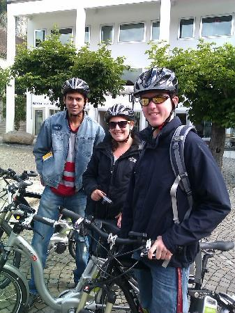Flying Wheels Electric Bike Tours: tourist