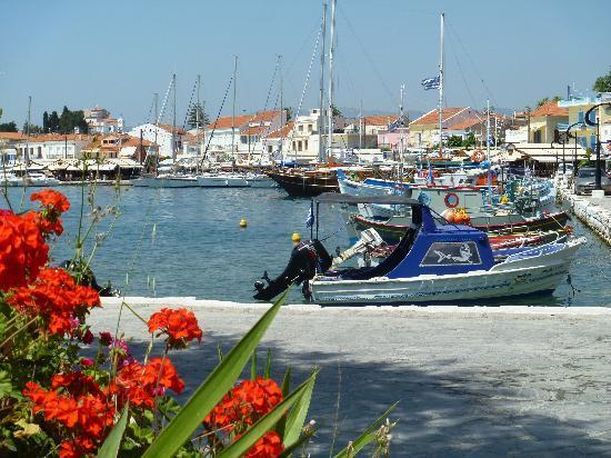 Votsalakia Hotel: Pythigoria Harbour