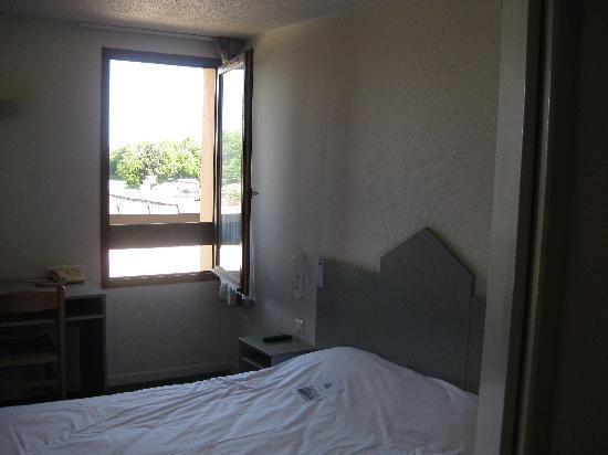 Hotel Crocus Dieppe : Hotel Room