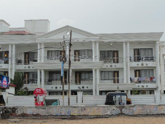 Victoria Club Hotel Puri Rooms