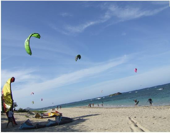 Puerto Plata Beach Resort : Kiteboarding at the PPBC