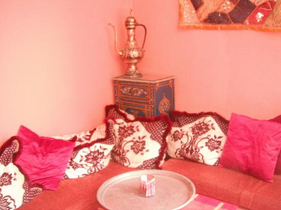Porto Riad Guest House: seating