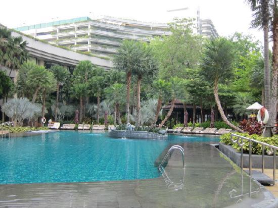 Shangri-La Hotel,Bangkok: シャングリラウィング プール