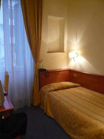 Hotel Midi Rome: Single Ensuite Room