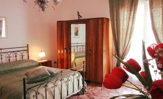 Villa Pollio Room