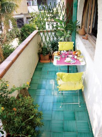 A La Maison: Balcon du salon